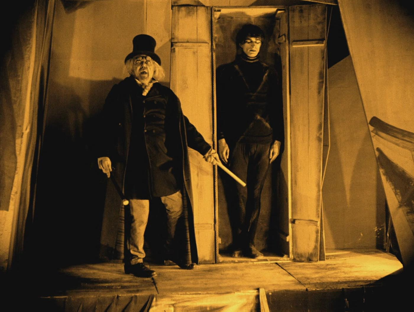 cabinet-dr-caligari-1920-2